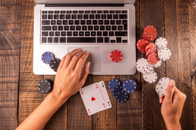 Best Laptops to Play Online Casino Games | Hardware Times